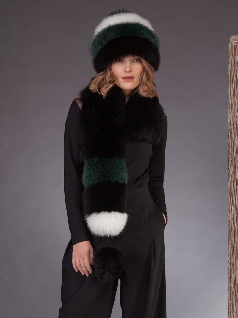 Multicolor fox fur scarf with pom pom hat