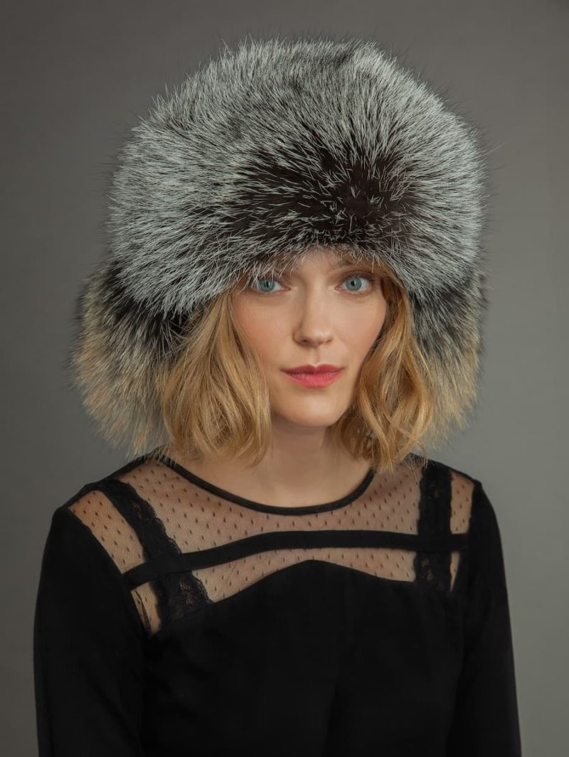 Light sheepskin and fox fur russian hat