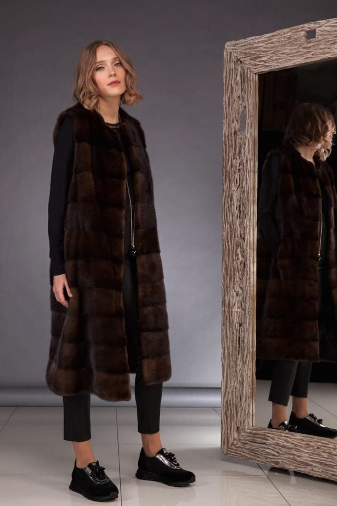 How to wear long mink fur vest