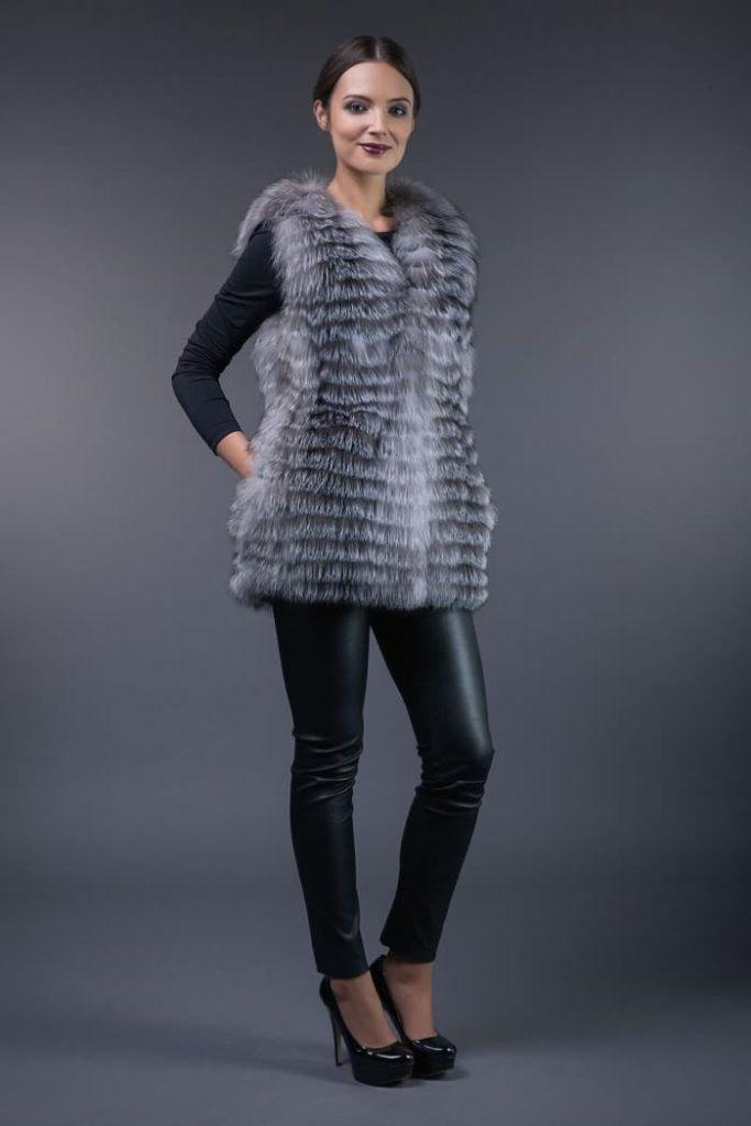 Short silver fox vest - gilet
