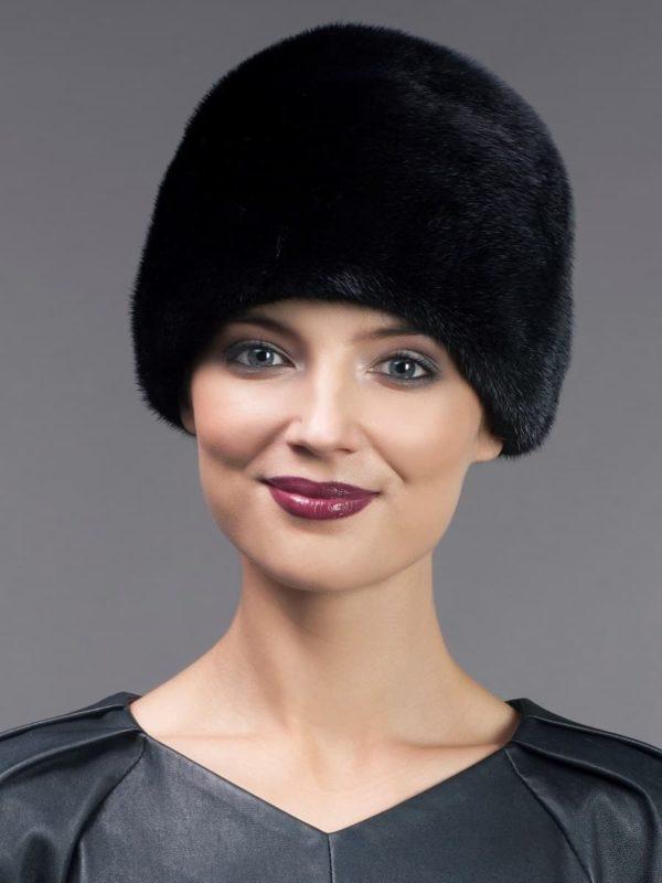 Round dyed black mink fur hat