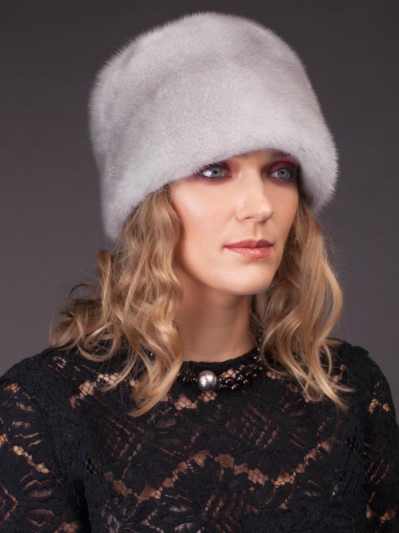 Round sapphire mink fur hat