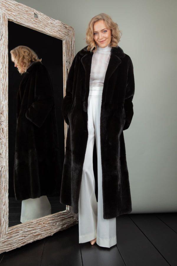 Black velvet mink fur coat with rever collar