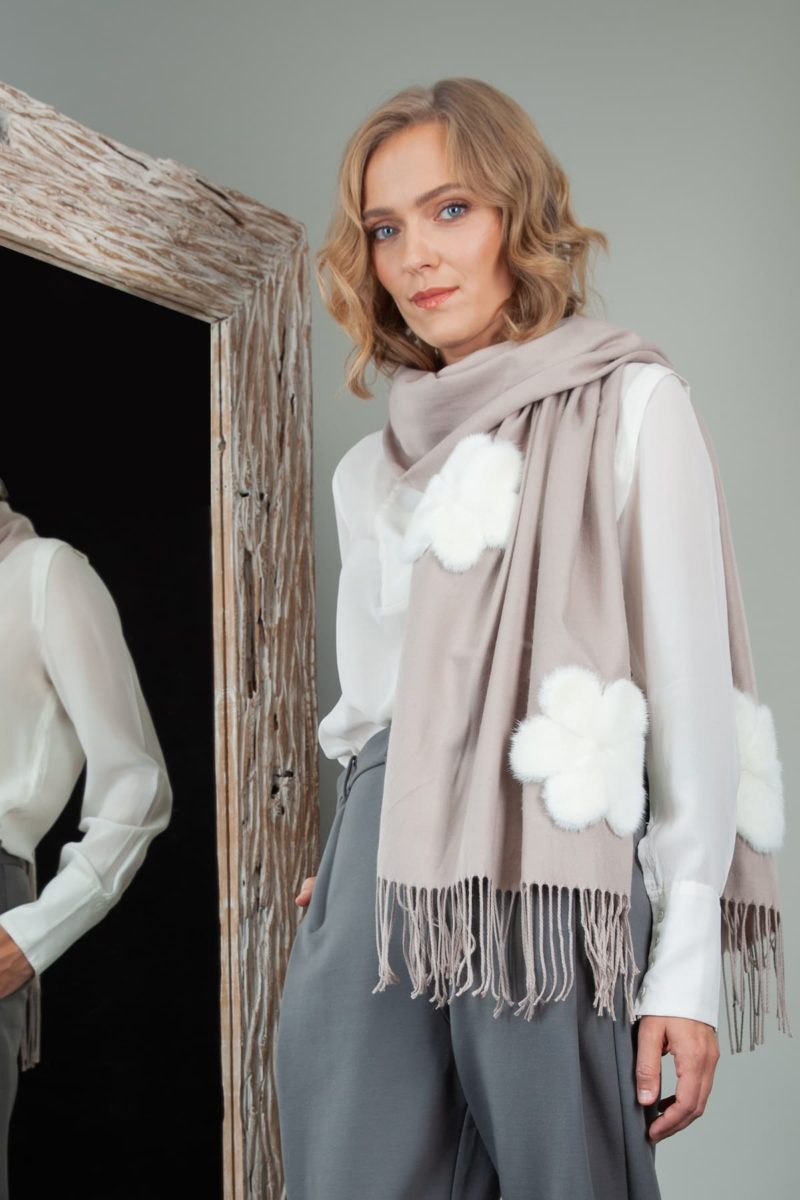 beige brown cashmere scarf with mink fur flower decoration