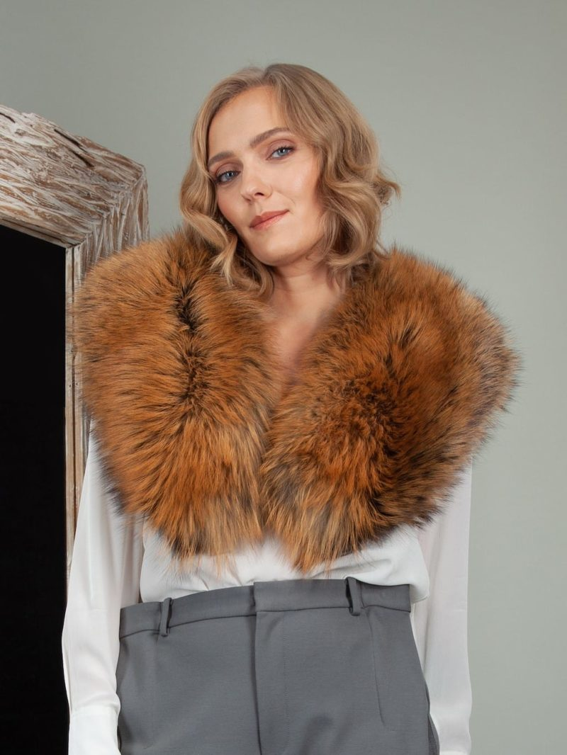 bronze fox fur wide collar