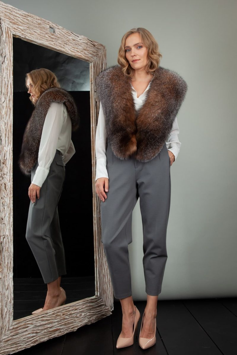 brown fox fur wide collar wrap