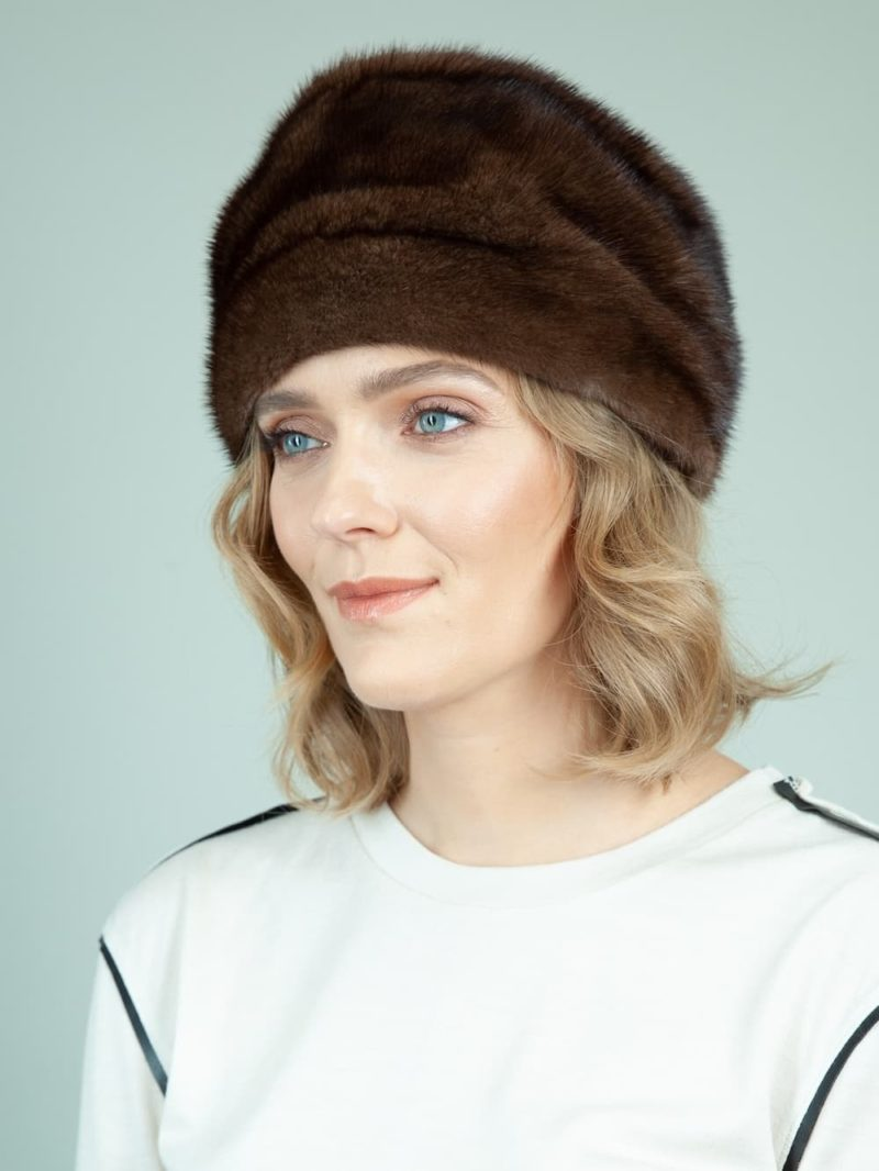 classic natural mink fur hat with flat top for women