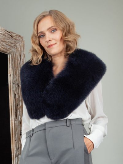 dark deep blue fox fur wide collar