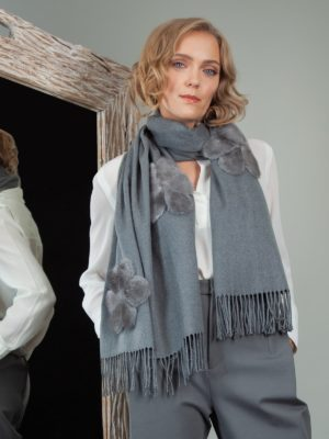 gray cashmere scarf with mink fur flower decoration