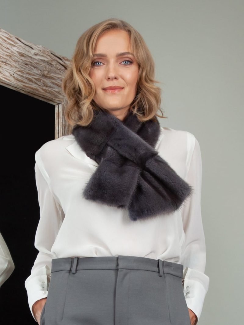keyhole blue iris mink fur scarf small collar neck wrap