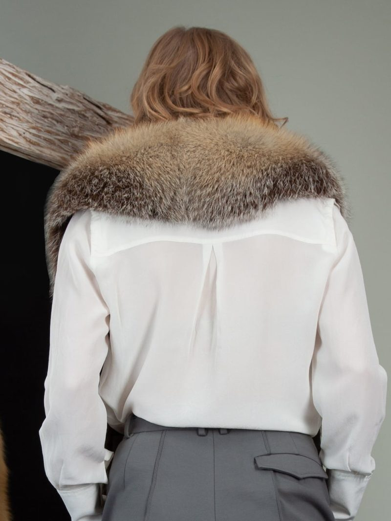 keyhole natural island fox fur wide collar wrap