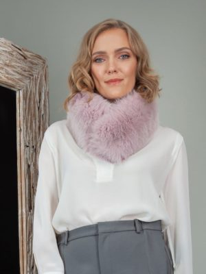 dusty pink fox fur scarf