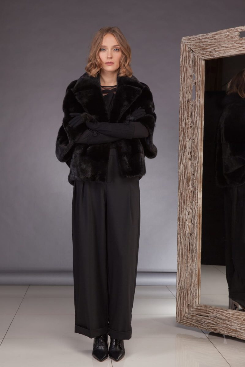 black mink fur jacket with 1/2 sleeves