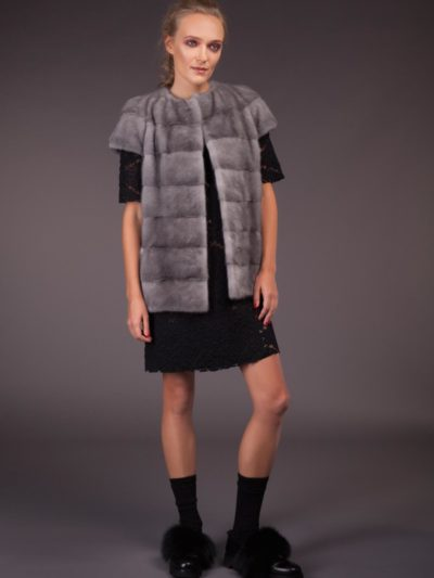short natural horizontal sapphire mink fur vest with plat collar