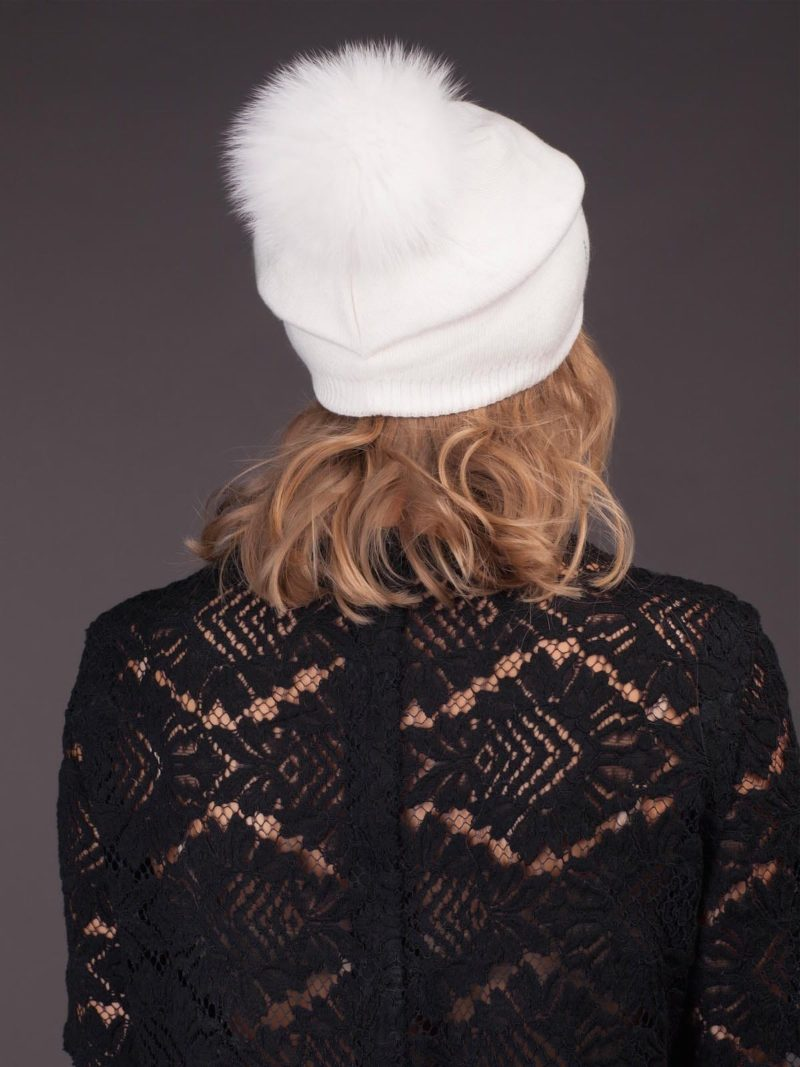 white knit cashmere hat with fox fur pom for women