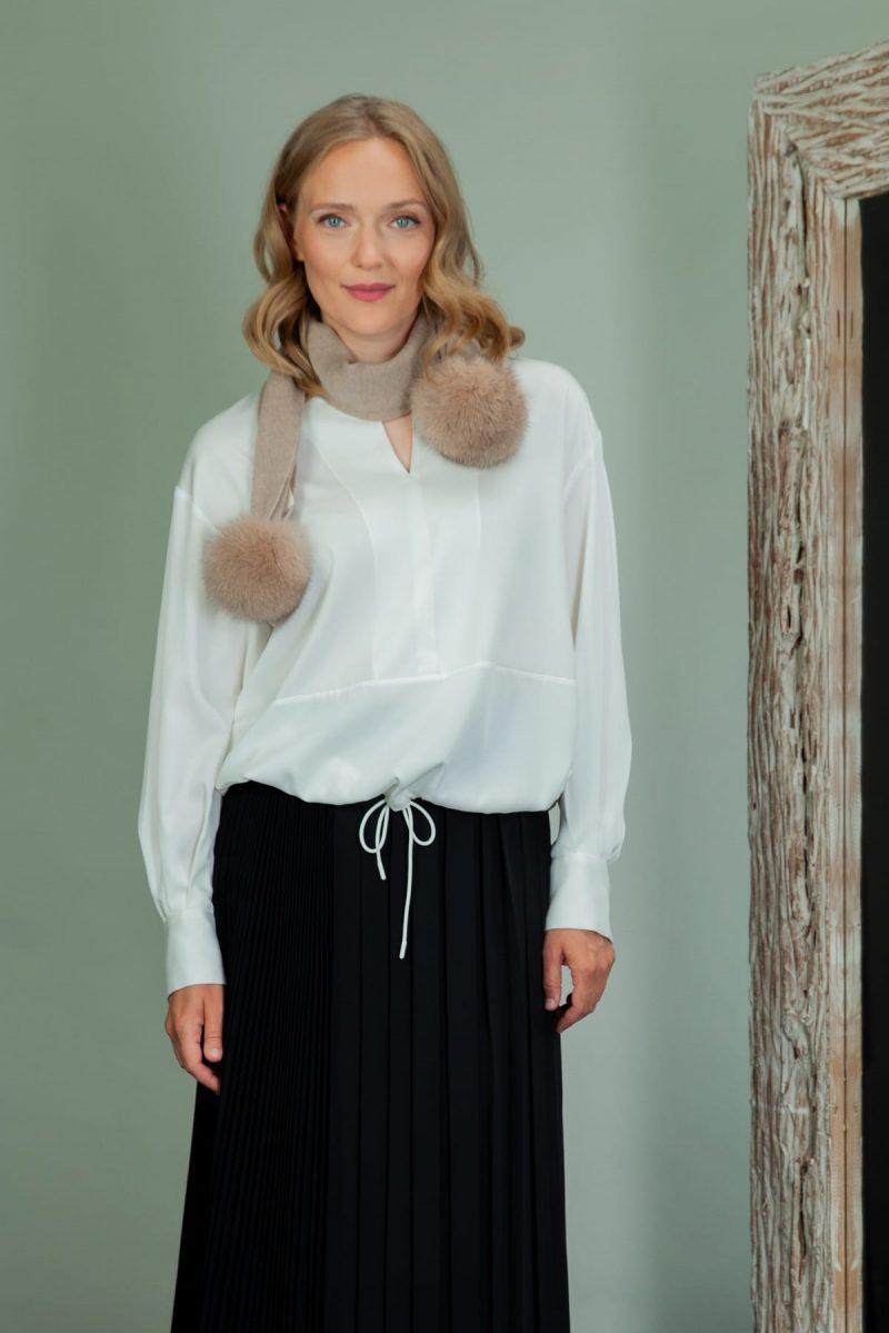 beige cashmere wool scarf with fox fur pom poms