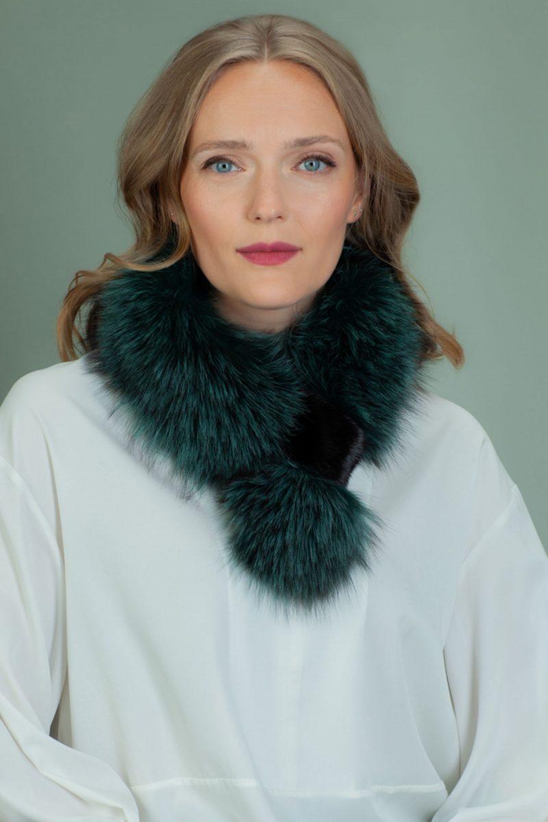 keyhole green fox fur scarf