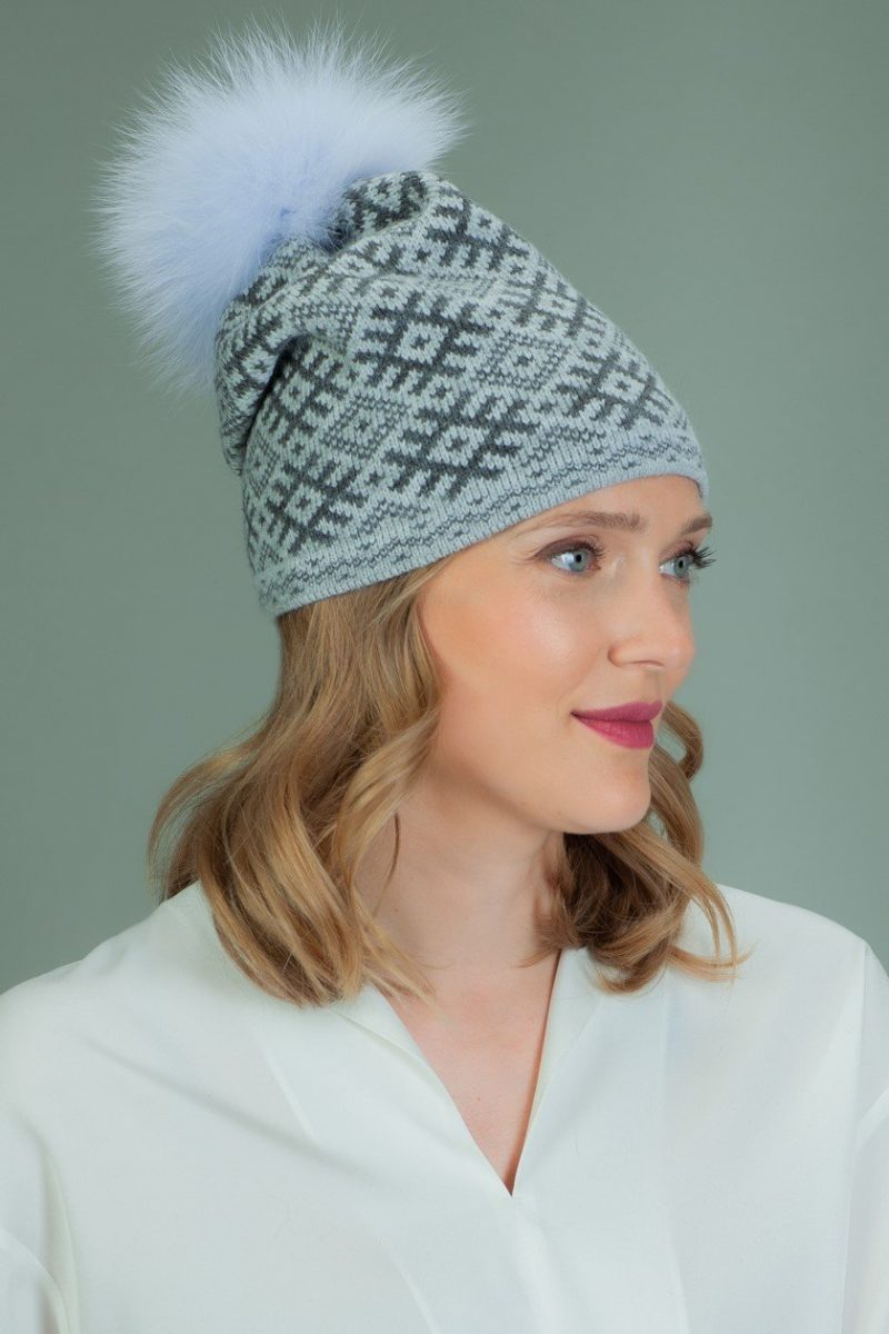 slouchy knit wool hat with fur pom-pom with gray rhombus pattern
